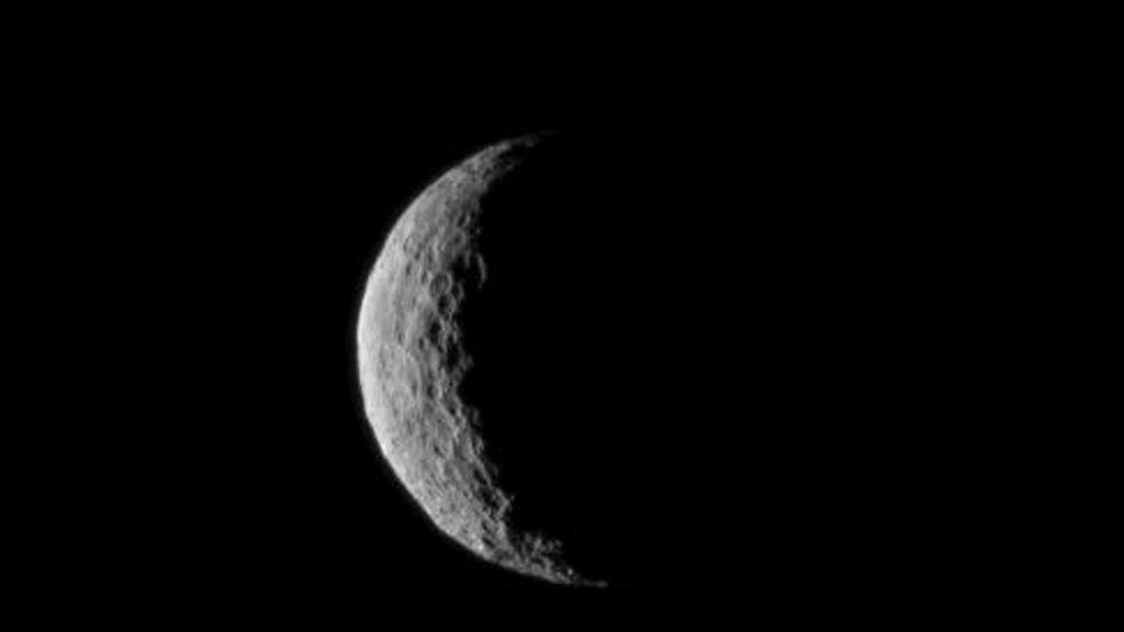 La nave espacial Dawn llega al planeta enano Ceres