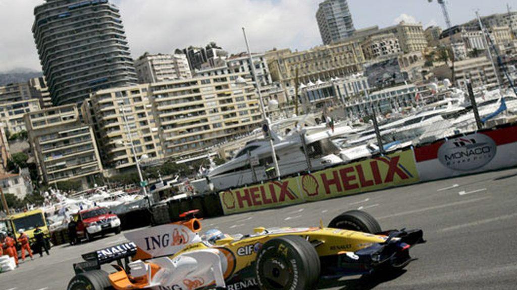 El R-28 de Fernando Alonso, en Mónaco. FOTO: Archivo.