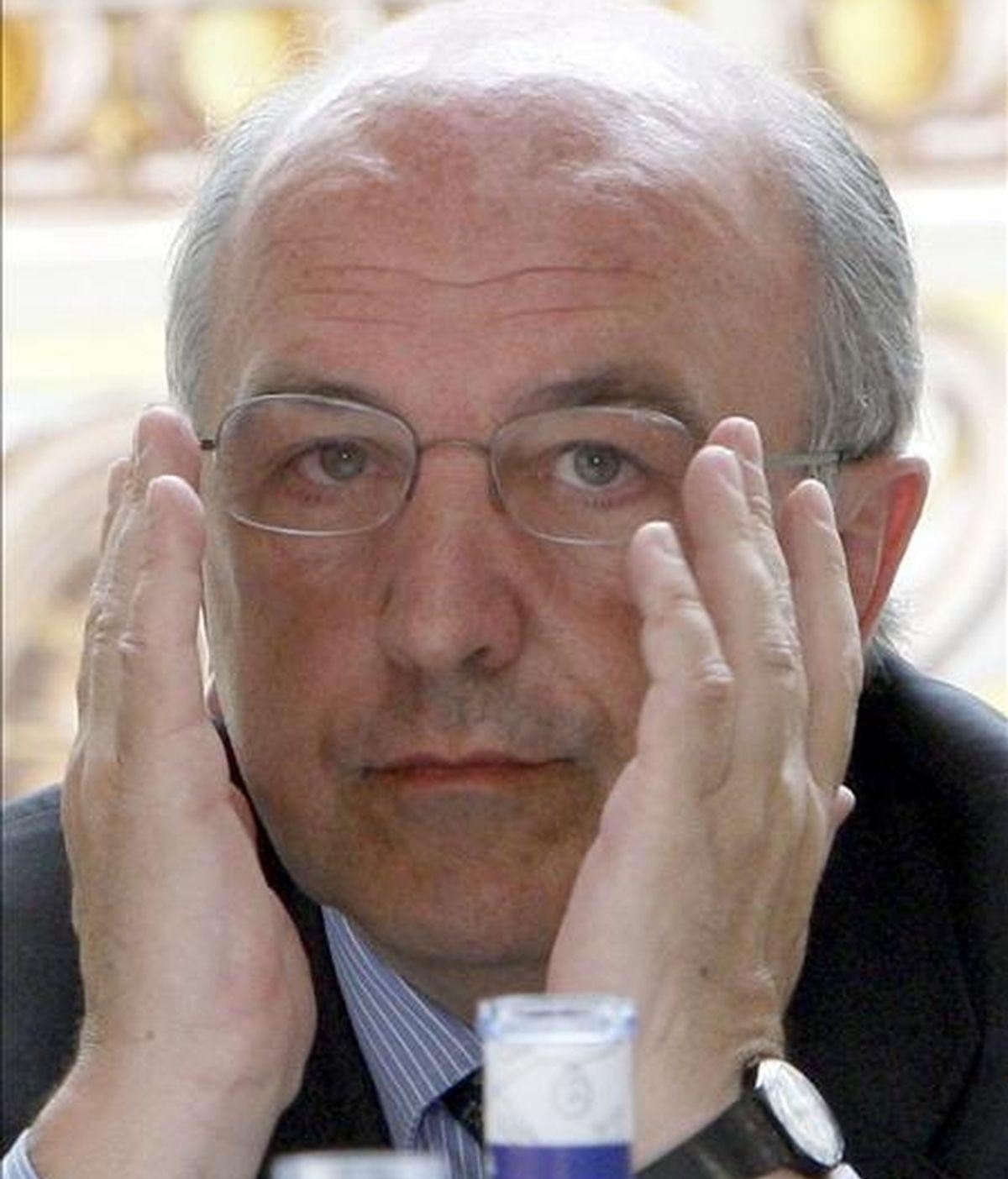 El comisario de Asuntos Económicos, el socialista español Joaquín Almunia. EFE/Archivo