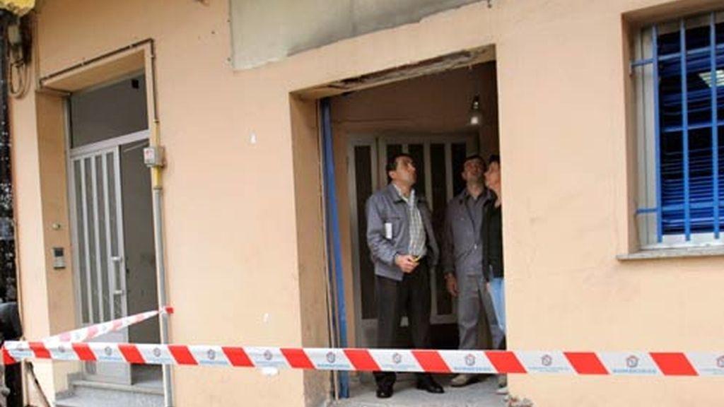 La sede del PP de Ordes tras la explosión