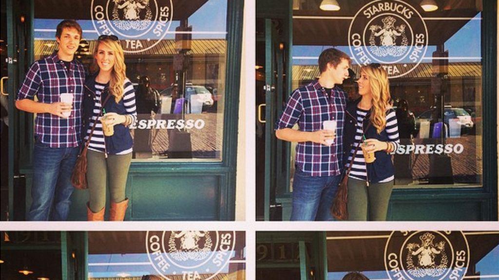 Ethan Knapp pide en matrimonio a Kenna Rusk ante una cafetería
