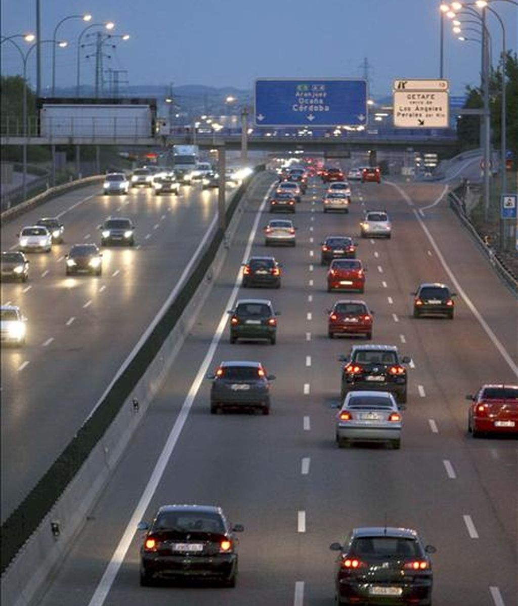 La salida de Madrid por la A-4 el pasado viernes. EFE