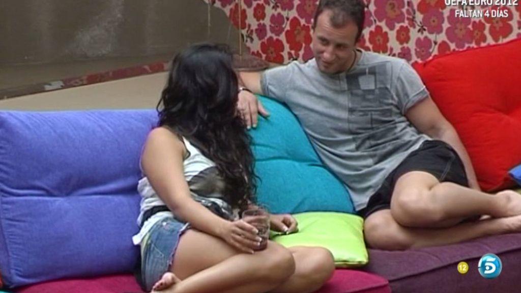 Sergio le pide a Berta que duerman juntos