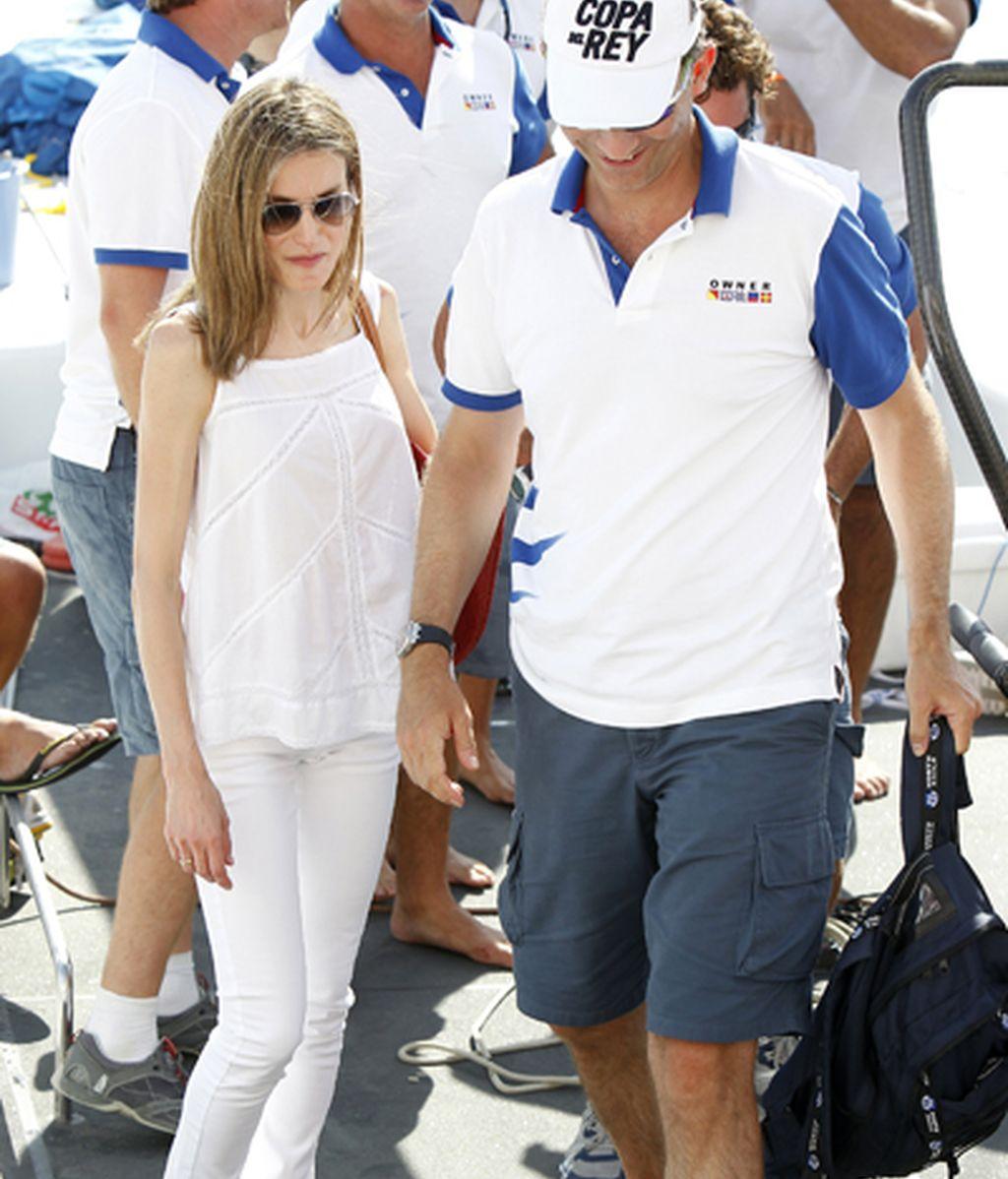 La princesa animó al príncipe Felipe en su regata