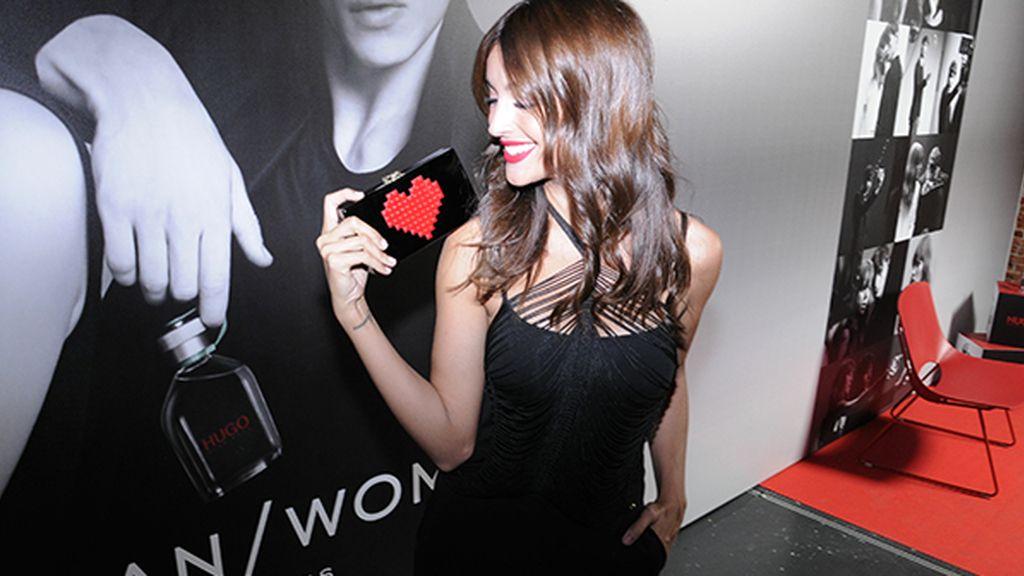 Noelia López estaba súper sexy con este top de La Perla que combinó con un traje de Escada