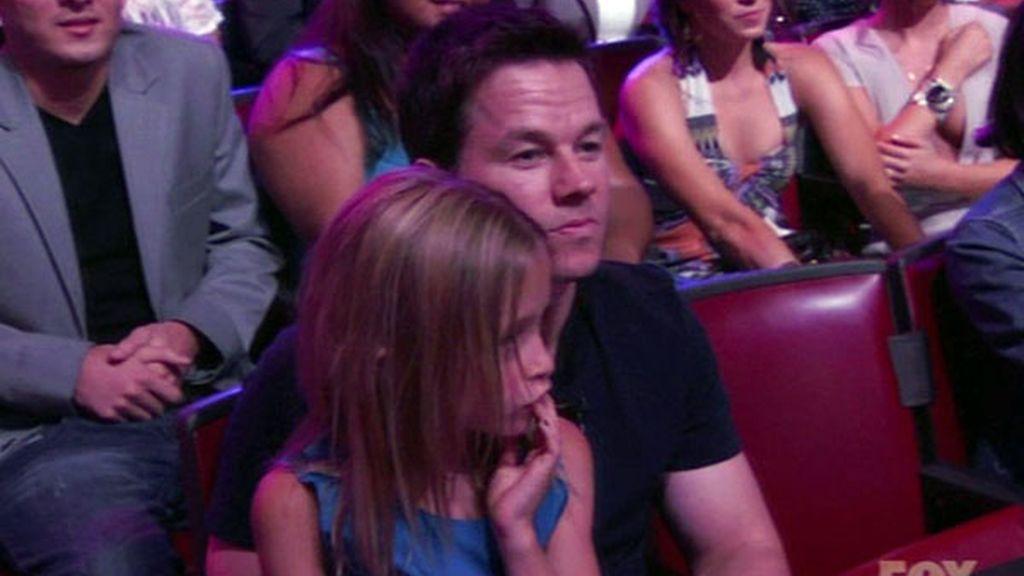 El actor Mark Wahlberg y su hija