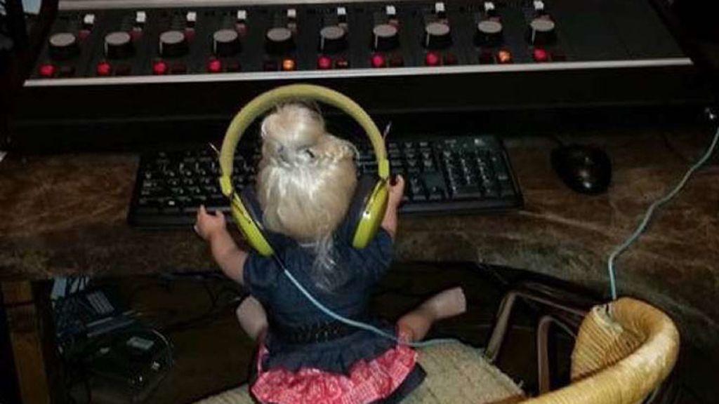 ¡Visitando la radio!