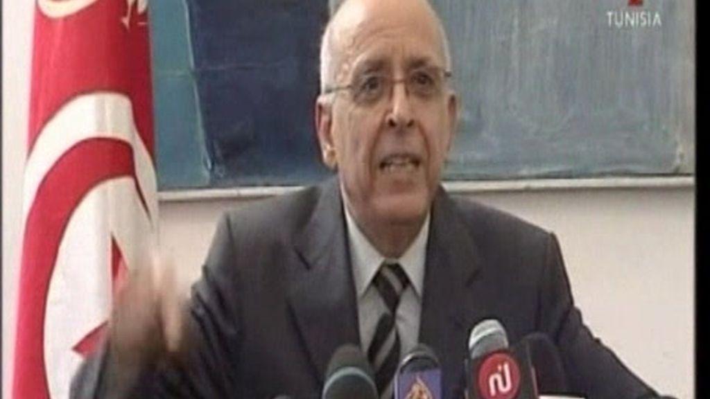 Dimite el primer ministro de Túnez