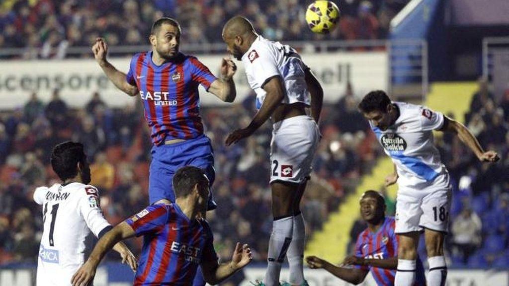El Levante salva un punto ante el Deportivo