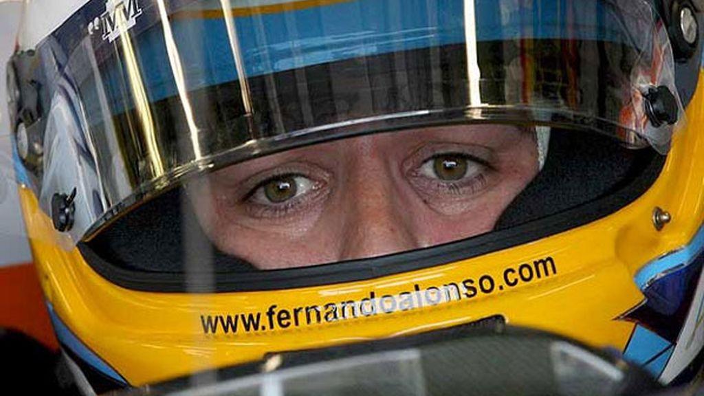 Renault no encuentra la clave para llevar a Alonso al podio