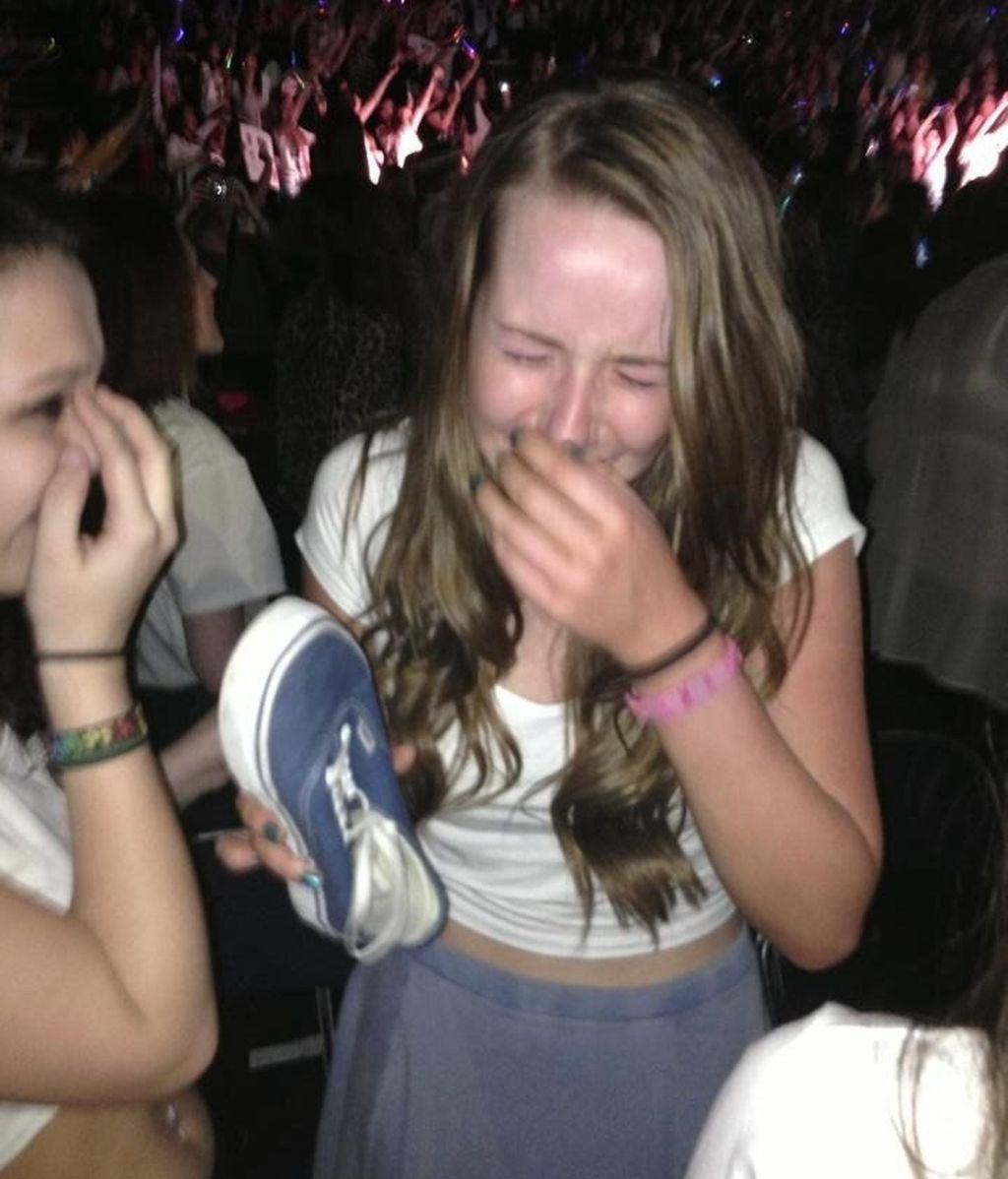 Momento en el que Jade recuperó su zapato