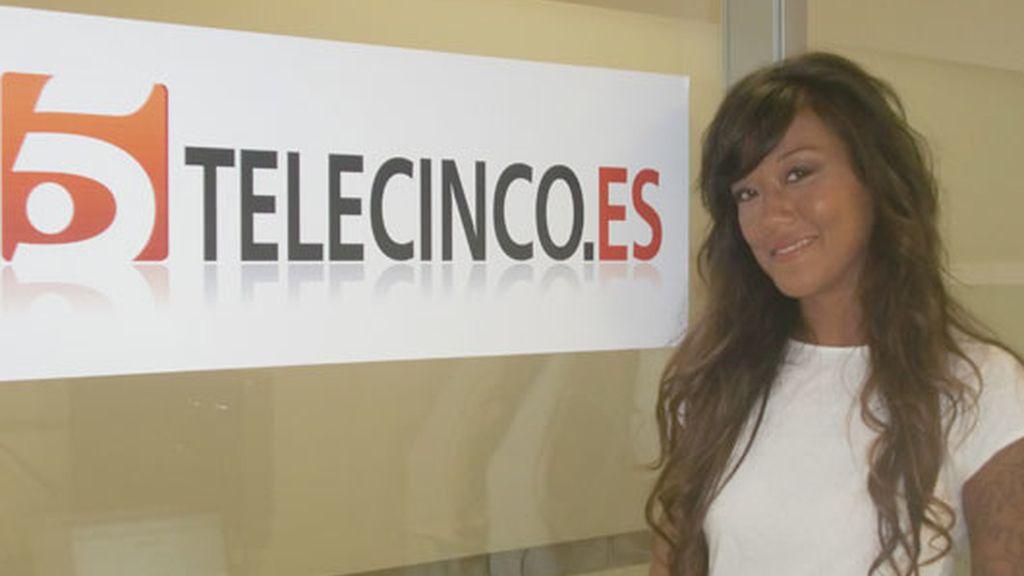 Déborah Arenas visita telecinco.es