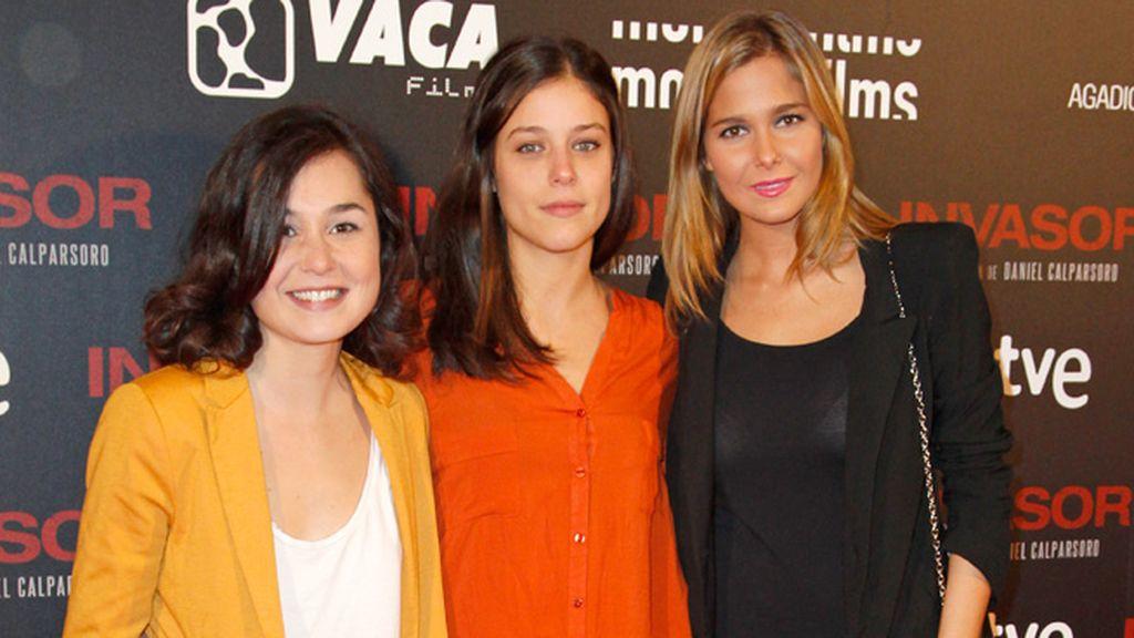 Nadia de Santiago y Natalia Sánchez, las más jovencitas del estreno
