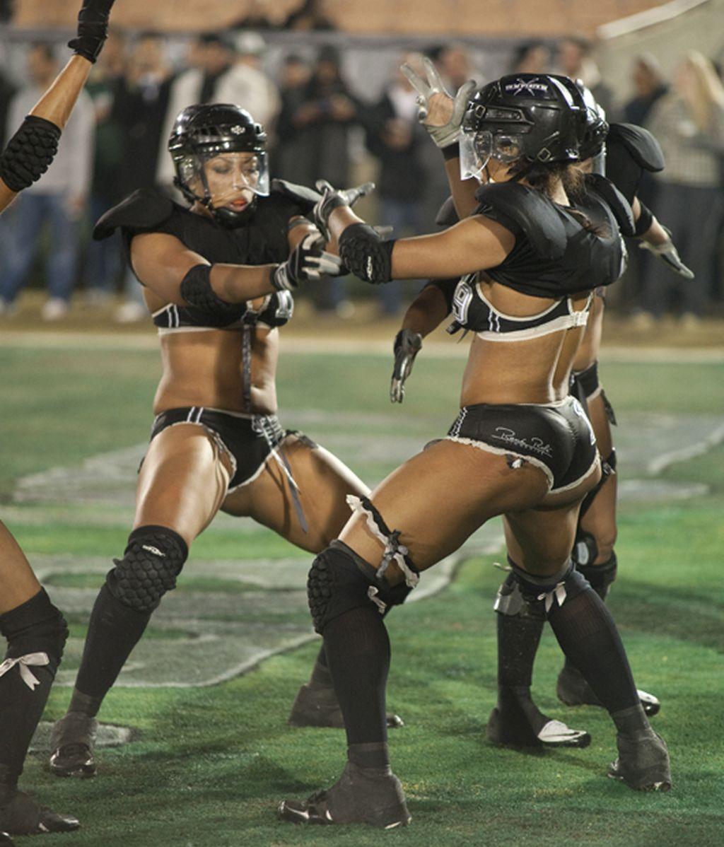 La sexy Liga de fútbol en ropa interior