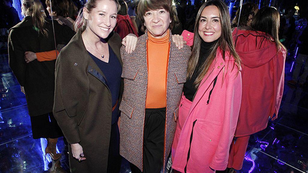 Fiona Ferrer junto a Pilar Marcos y Magali Yus