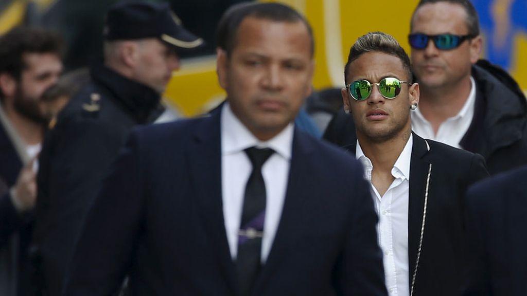 Neymar, por primera vez ante la Justicia española (02/02/2016)