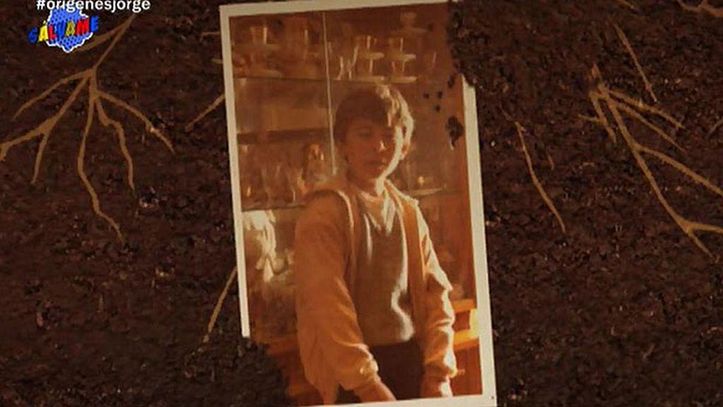 Su madre, su casa, su colegio, sus amigos... Jorge revive su pasado