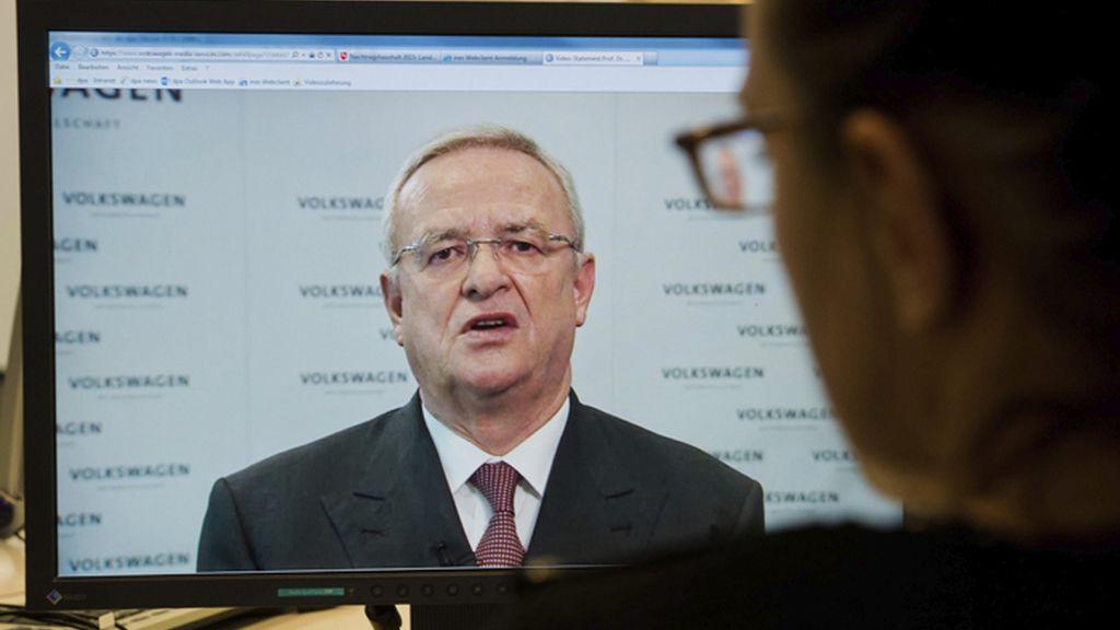 El presidente de Volkswagen se discupa en una declaración por videoconferencia