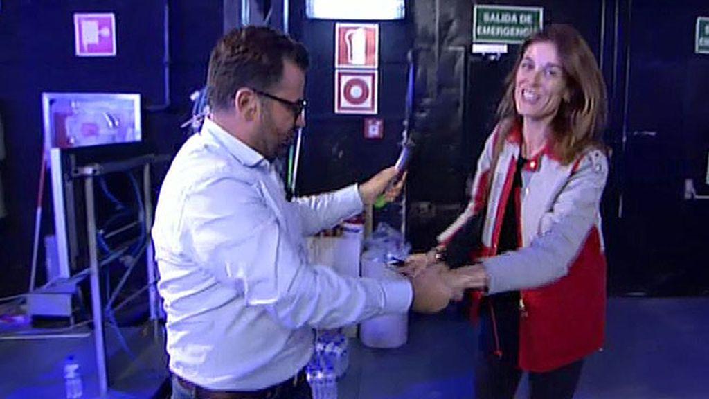 Jorge Javier Vázquez y Raquel Sánchez Silva se encuentran entre bambalinas