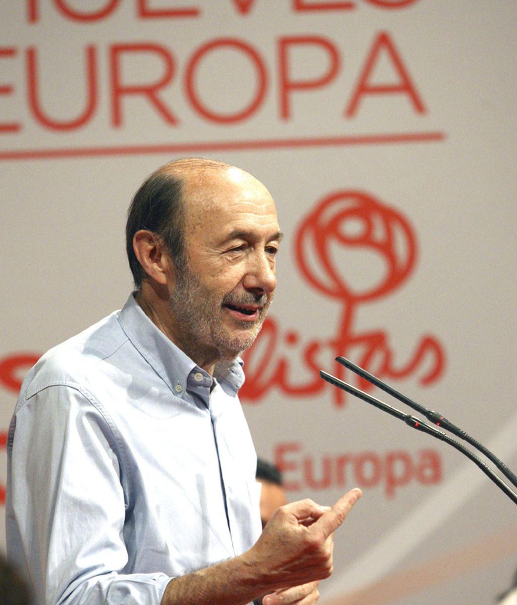 Rubalcaba: El PSOE defenderá los derechos y libertades de las mujeres en Europa