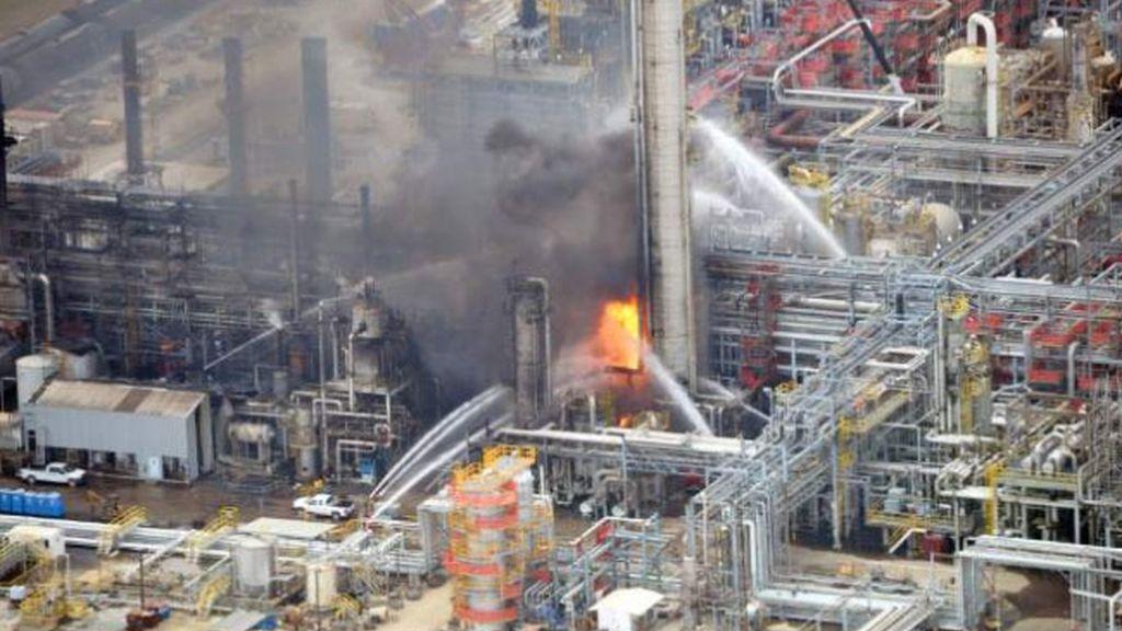 Una treintena de heridos en una explosión en una planta química en Luisiana