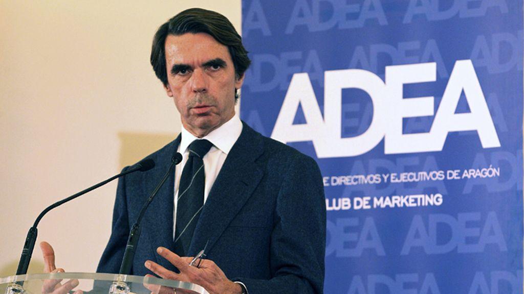 Aznar interviene en el Foro Adea
