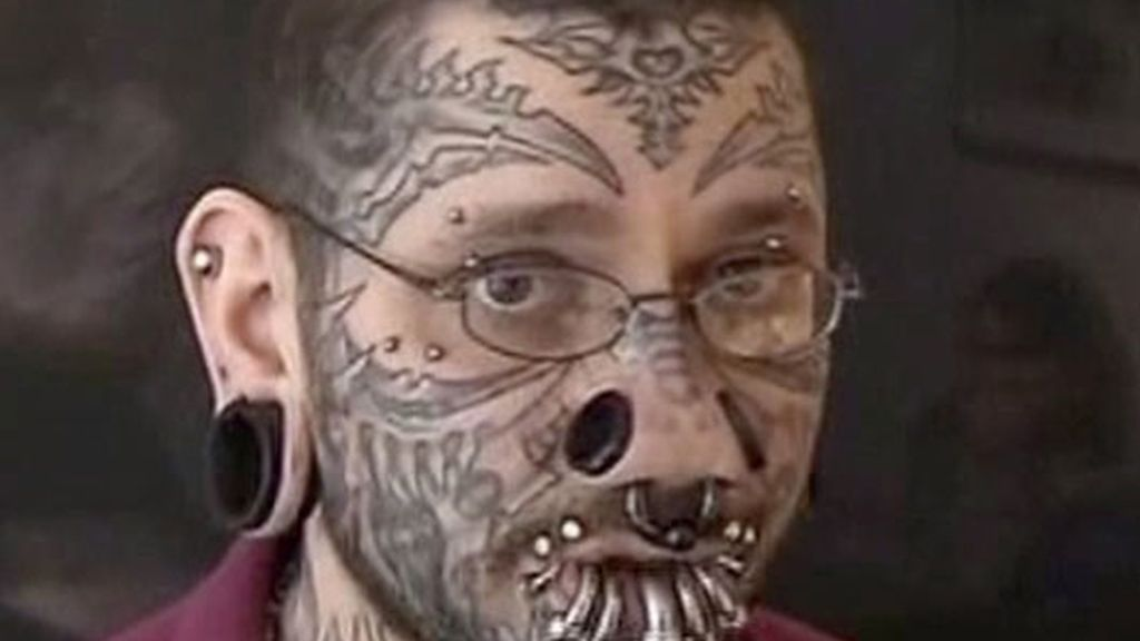 Ración extra de tatuaje