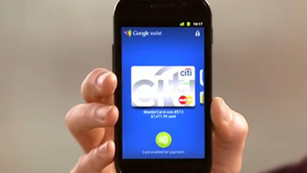 Con el acuerdo alcanzado los titulares de cuentas Visa podrán pagar sus compras con la tecnología NFC que convierte a los smartphones en monederos virtuales.