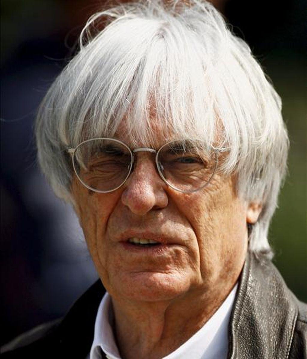 Bernie Ecclestone, patrón de la Fórmula Uno, espera renovar el contrato con los organizadores del Gran Premio de China. En la imagen, Ecclestone ayer en el circuito de Shanghai (China). EFE