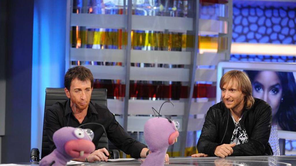 David Guetta hablando con Trancas y Barrancas