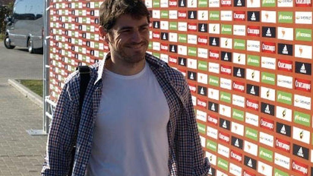 Casillas llega a la Ciudad del Fútbol de Las Rozas