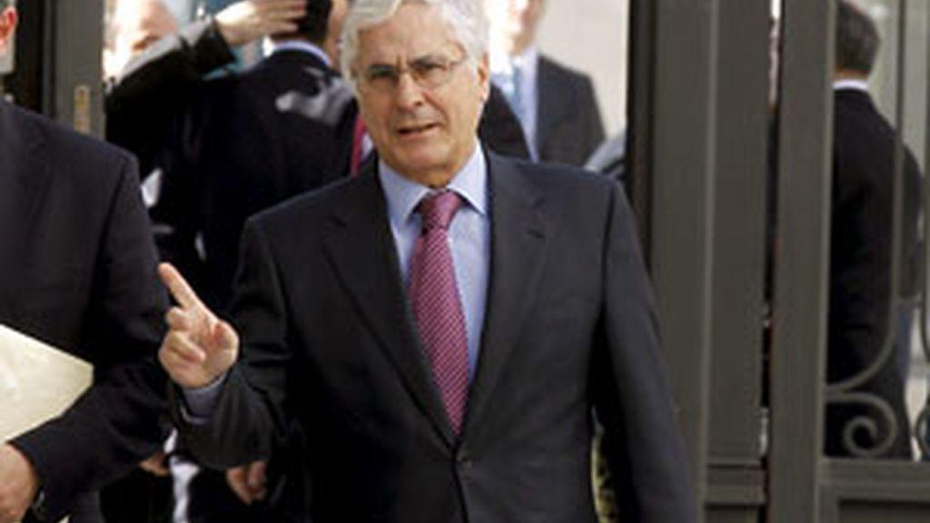 El presidente de Castilla-La Mancha, José María Barreda, llega al Congreso de los Diputados. Foto: EFE/Archivo
