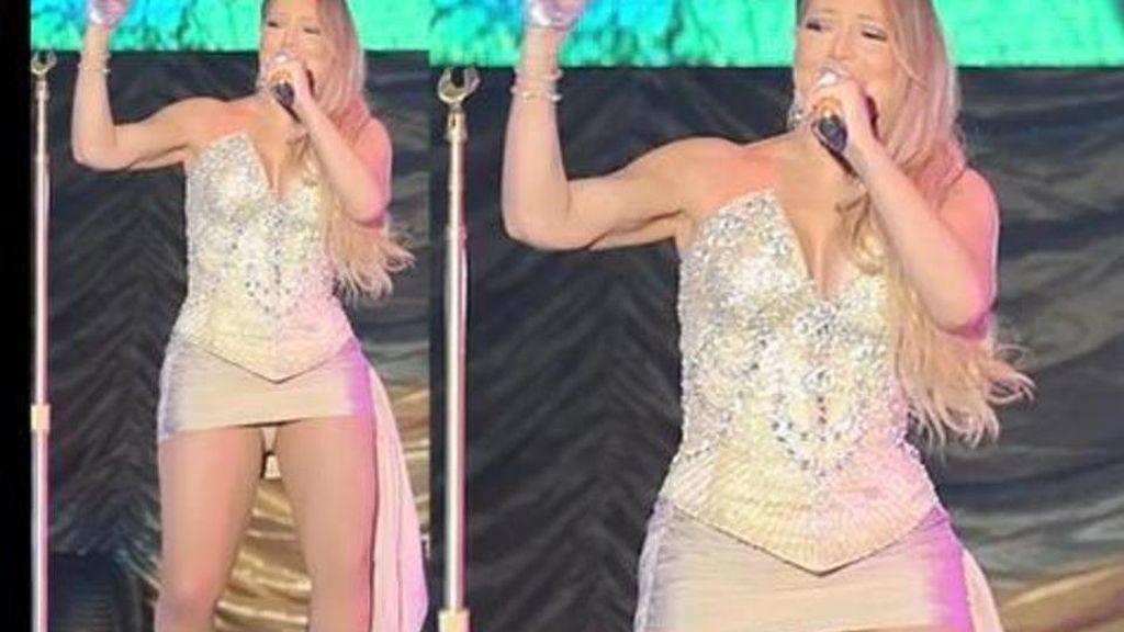 Mariah Carey enseña las bragas durante un concierto