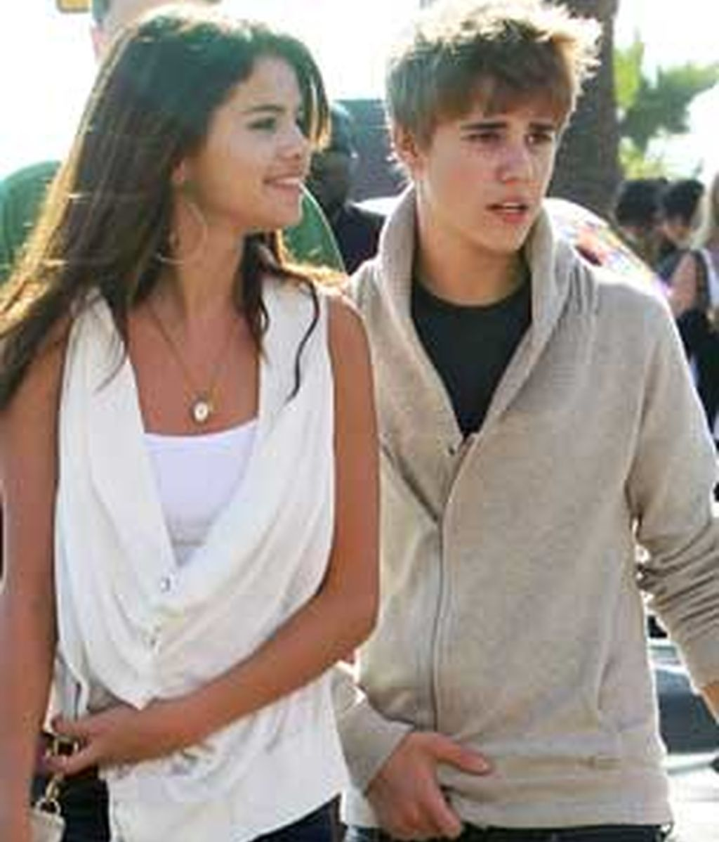 Ahora entendemos porqué Selena Gomez confesó hace unos días que no le gustaban las amistades de su novio. FOTO: Gtres