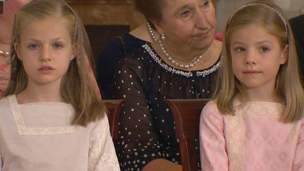 Leonor y Sofía, convertidas en 'princesas'