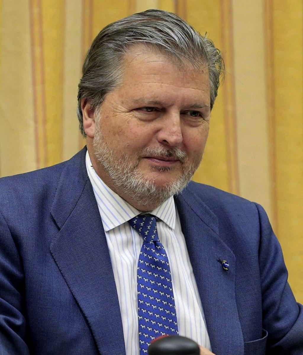 Rajoy nombra a Méndez de Vigo ministro de Educación en sustitución de Wert
