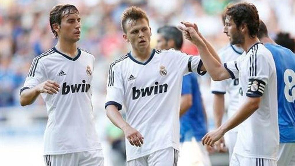 El Real Madrid golea al Oviedo
