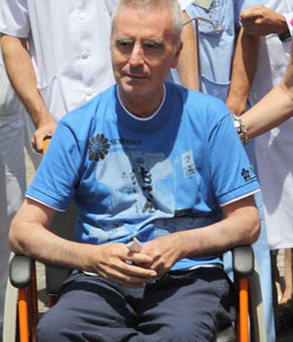 Ortega Cano, a su salida del hospital. Foto. EFE