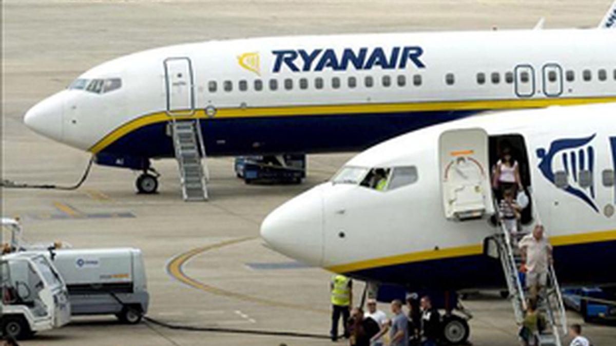 Ryanair aumentará a 20 euros el coste por maleta durante los meses de julio y agosto. Foto: EFE