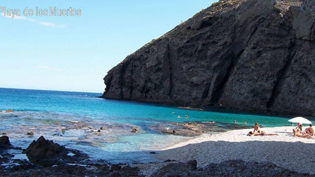 La playa de Los Muertos, en Carboneras