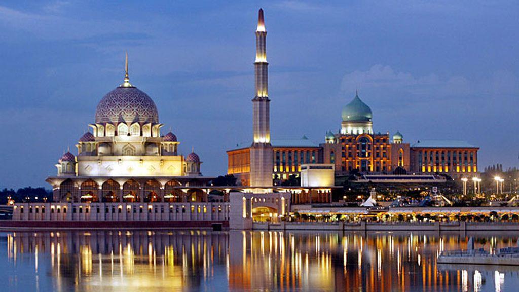 2- Putrajaya, Malasia: 22 de noviembre de 2014