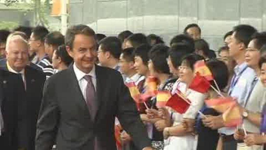 Zapatero, de promoción en China