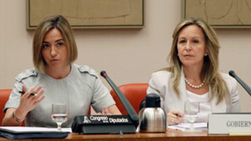 """Chacón: """"En ningún caso implicaría acciones sobre el terreno ni un incremento de tropas"""". Vídeo: Informativos Telecinco"""