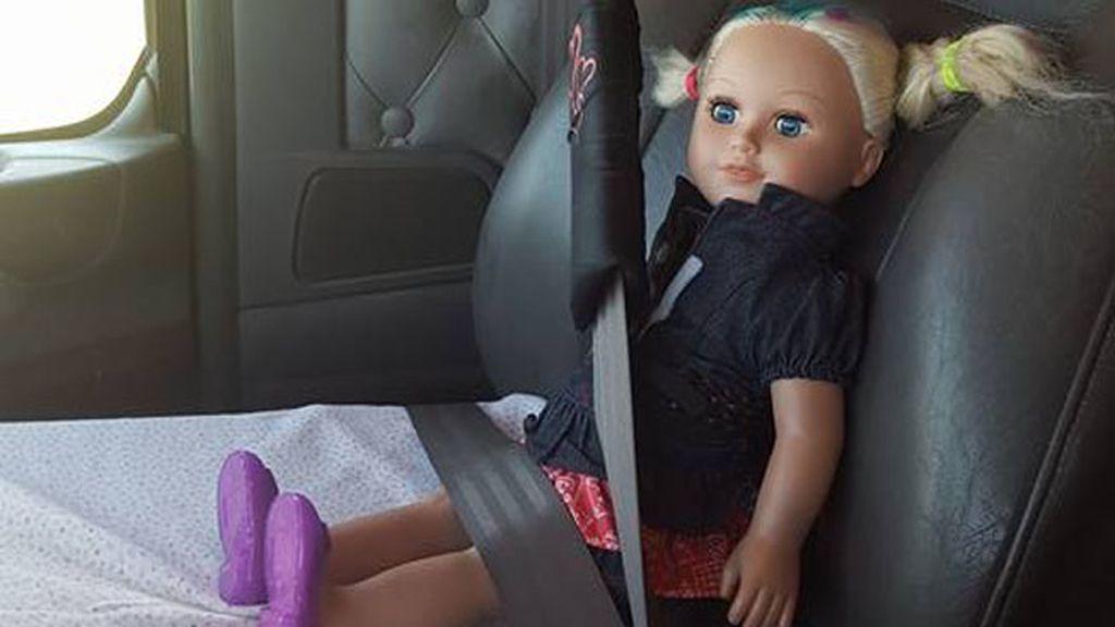 Abbie, la mejor copilota del camión del abuelo