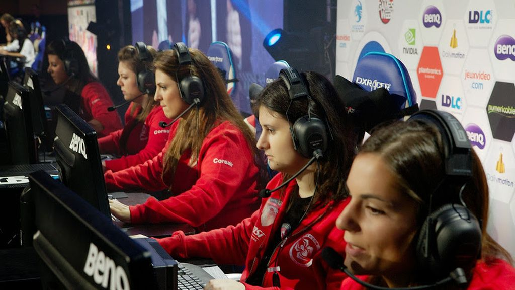 mujeres, videojuegos