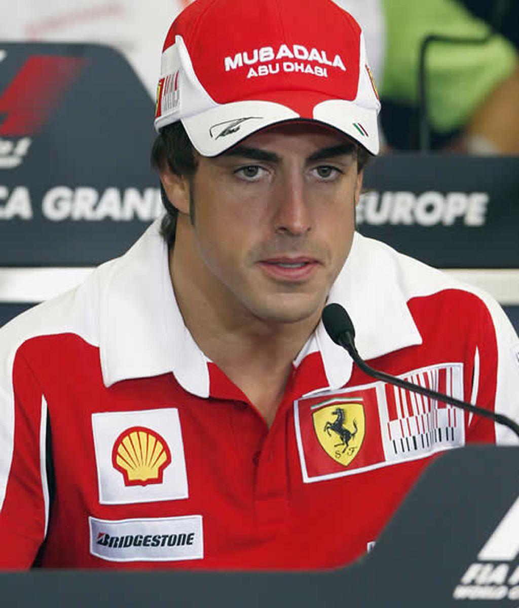 Alonso, indignado con las trampas de Hamilton