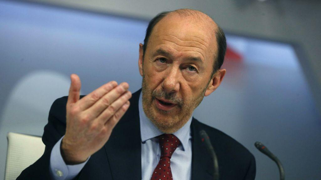 Rubalcaba hace balance en rueda de prensa del primer año de la gestión de Rajoy