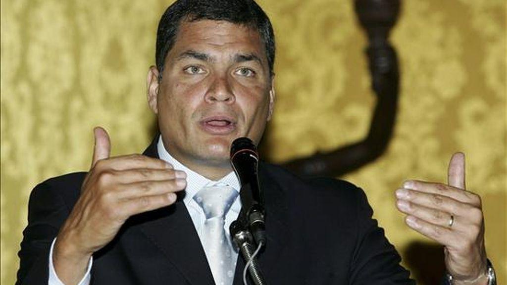 Correa ratificó que el próximo miércoles viajará a Venezuela, donde se rendirá un homenaje a la histórica Batalla de Carabobo y se celebrará una cumbre extraordinaria de la ALBA en la que concretará el ingreso formal de Ecuador. EFE/Archivo