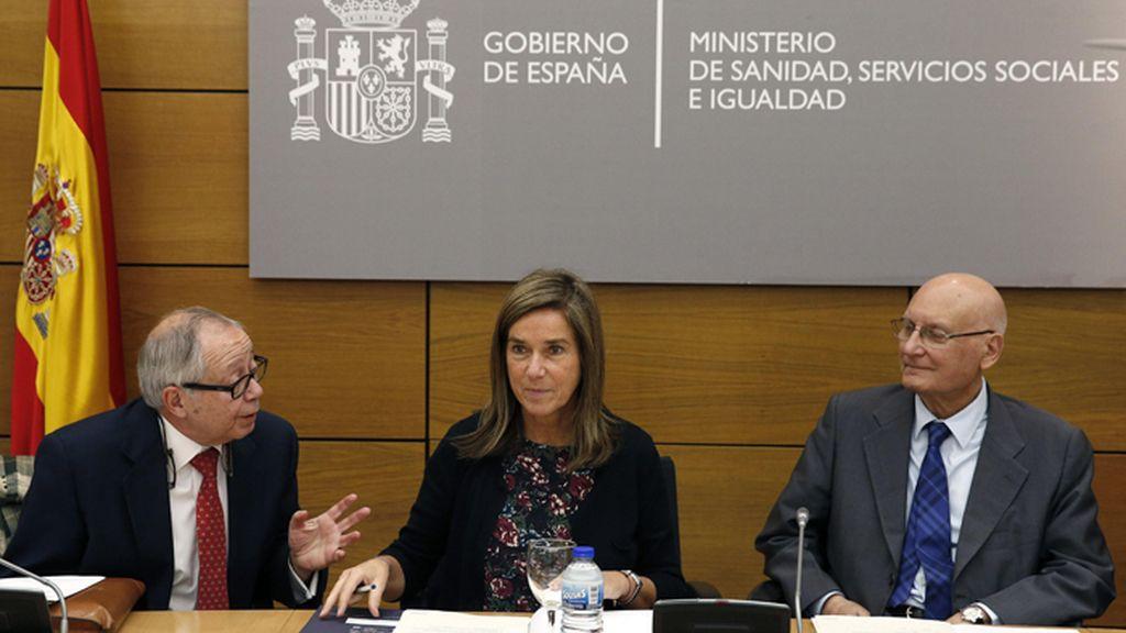 Ana Mato preside el Consejo Asesor de Sanidad