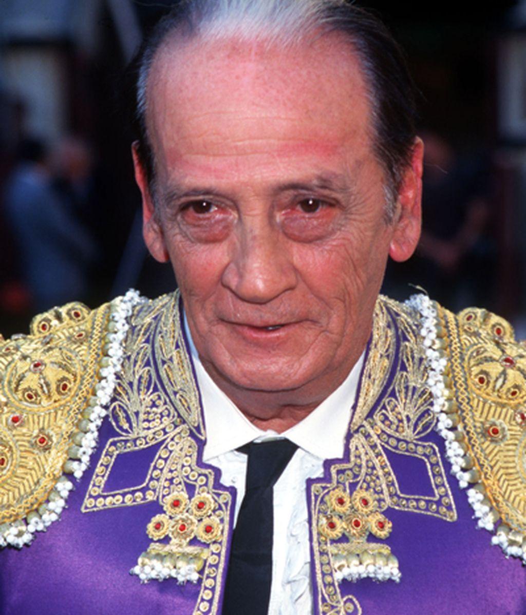 Nació en Madrid el 24 de junio de 1932